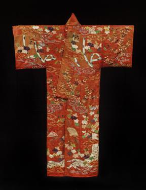 Furisode (long-sleeved robe)